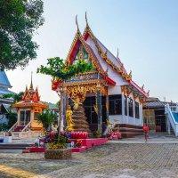 Тайланд. Храм на острове Ко-Лан. :: Rafael