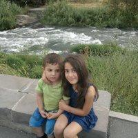 сестра с братиком :: Chukhaszyan Artur