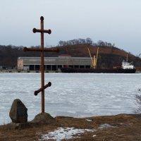 Крест православный. :: Павел Бескороваев