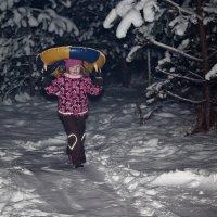 Выхожу одна я на дорогу, зимний лес пугает тишиной... :: Сергей В. Комаров