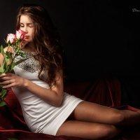 Портрет с розами. :: Дмитрий Постников