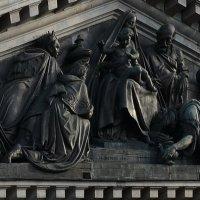 Фрагмент фасада Исаакиевского собора :: NICKIII Михаил Г.