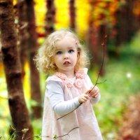 Девочка с глазами ангела :: Ирина Шрёдер