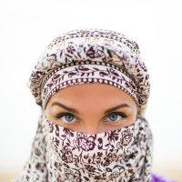 her eyes..... :: Alexei Chukhutin