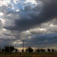 Небо обдает нас то красотой, то катаклизмами. :: Anna Gornostayeva