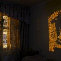 Свет из окна :: юрий Амосов