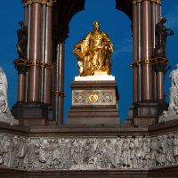 Памятник Альберту, принцу-консорту :: Дмитрий Сорокин