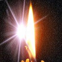Пока не меркнет свет, пока горит свеча.... :: Александр Резуненко