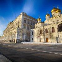 Кремль в ясный день :: Николай Орехов