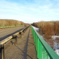 на мосту :: Владимир Суязов