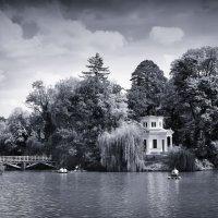 На озере :: Вахтанг Хантадзе