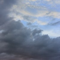 Закат в городе :: Александр Манько