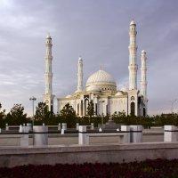 Столичная мечеть :: Алексей Большаков