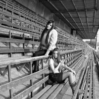 На заброшенном стадионе :: Dasha Swarovski