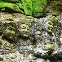 наскальная скульптура о.Бали :: валерий телепов