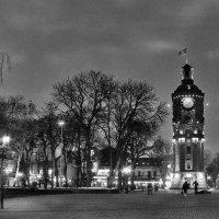 ...вечерняя башня... :: Александр Садовский