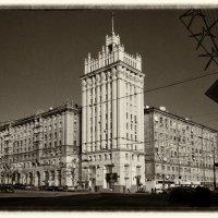 Дом со шпилем. :: Игорь Найда