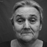 Моя любимая бабулечка. :: Юлия Иная