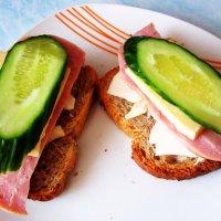 Неправильный бутерброд. :: Мила Бовкун