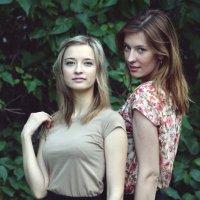 Вероника и Екатерина :: Евгения Халамеева
