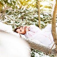 Мэри в лесу :: Лана Lavin