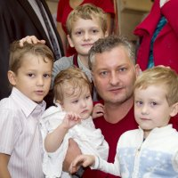 Три сыночка и лапочка-дочка))) :: Оксана Ларченко