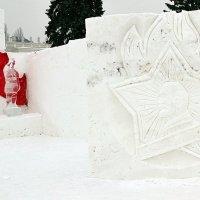 Ледяная скульптура :: Владимир Болдырев