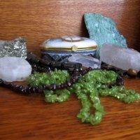 Натюрморт с камнями :: Самохвалова Зинаида