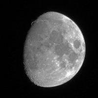 Попытка снять Луну недорогой камерой... :: Сергей Щелкунов