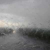 Дождь сильный :: Яна