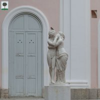 Орениенбаум. Скульптура Амур и Психея :: Алексей Шаповалов Стерх