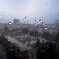А за окнами дождь...грустно... :: Валентина Данилова