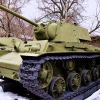 Тяжёлый танк КВ-1 (1941 г.) :: Владимир Болдырев