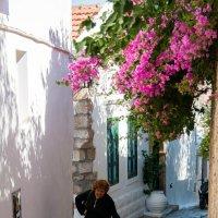 Греция, о. Родос, город Линдос :: Оксана Гуляева