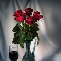 Натюрморт с красным вином. :: Снежанна Родионова