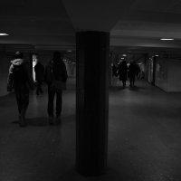 Подземный переход :: Юрий Бобылев