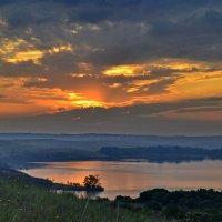 Осенний восход :: Никита Лапин