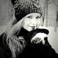 Снежки :: Вероника Подрезова