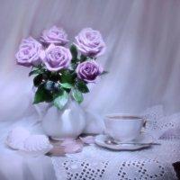 ..сон сиреневой розе приснился... :: Валентина Колова