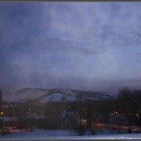30 утро января 2015, Дымка над городом :: Алексей Медведев