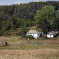 домик в деревне :: Сергей Дихтенко