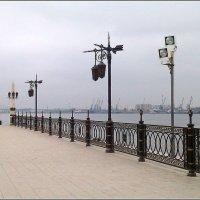 Набережная Астрахани. :: Елена