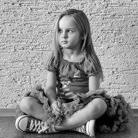 Мамины дочки... :: Елена Остапова