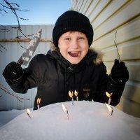 Когда День Рожденья еще не скоро. :: Анна Никонорова