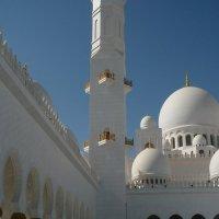 Внутренний дворик мечети. :: Чария Зоя