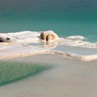 Катер на Мёртвом море :: Татьяна Сухова