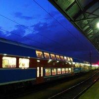 Платформа Пражского вокзала :: Евгений Кривошеев