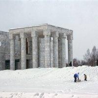 Шедевр соц.модерна - Научно-культурный центр «Музей В.И. Ленина» :: Alex Sash