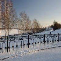 Зима на набережной :: Валентин Котляров