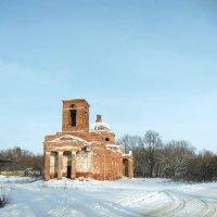 Разрушенные святыни. :: Нина